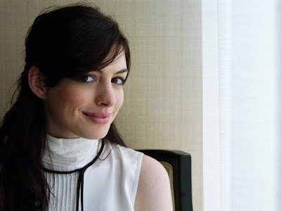 Anne Hathaway Cute Photos