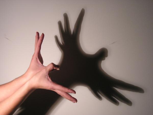 Resultado de imagen para sombras en la pared