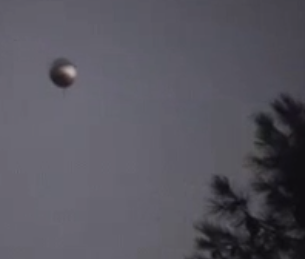 Giant Acorn UFO Hover Over San Diego, UFO Sightings