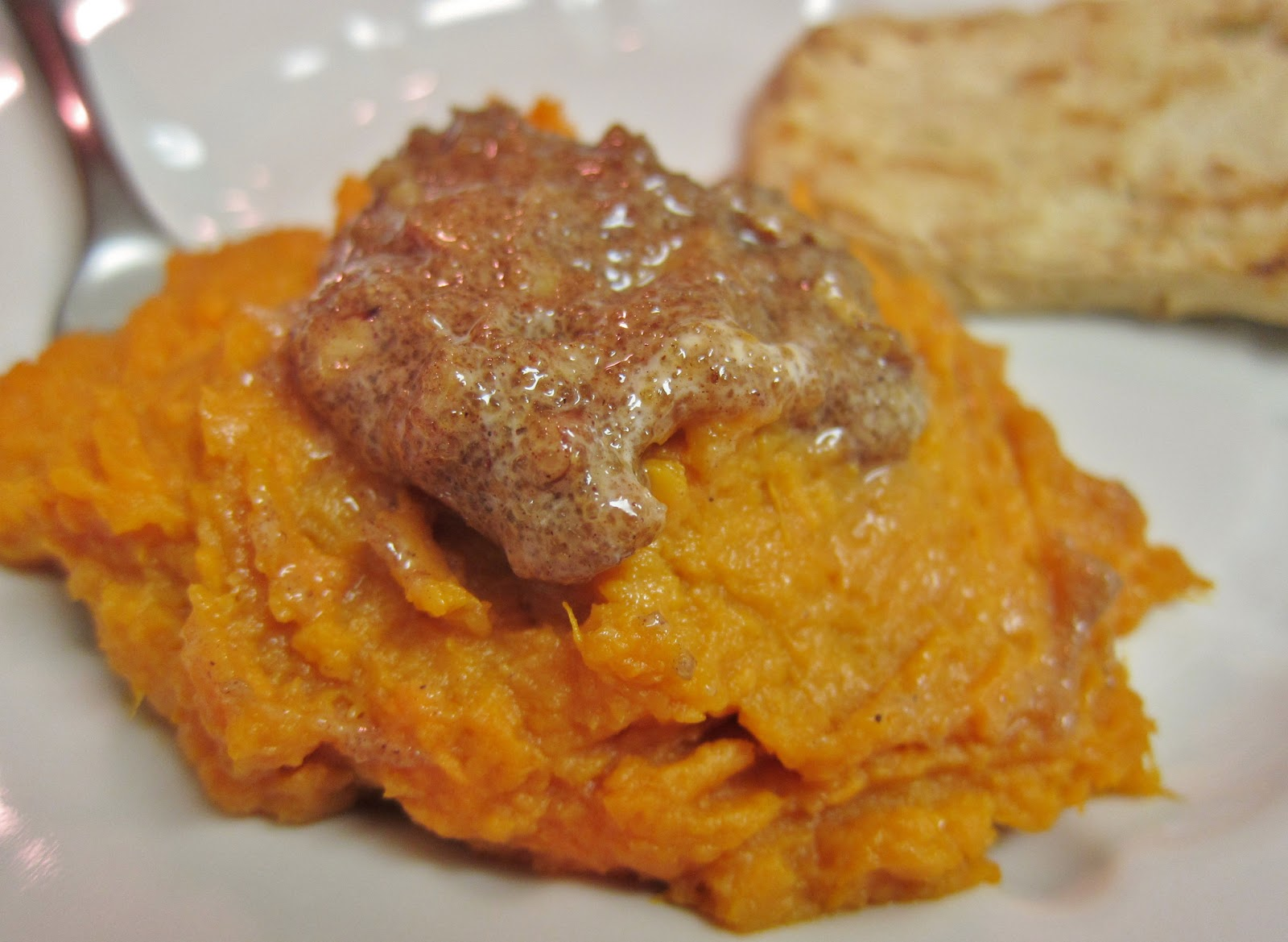 The Vegan Chronicle: Mashed Sweet Potatoes with Pecan Butter