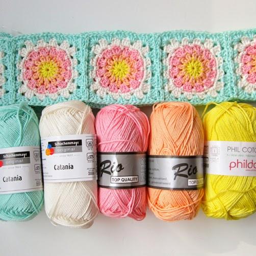 http://2.bp.blogspot.com/-ZkUdPPOdwH4/Uz0wy0WDGhI/AAAAAAAACx8/xJvhYp5zecg/s1600/Color'nCream-FlowerSquareTutorialII-6.jpg