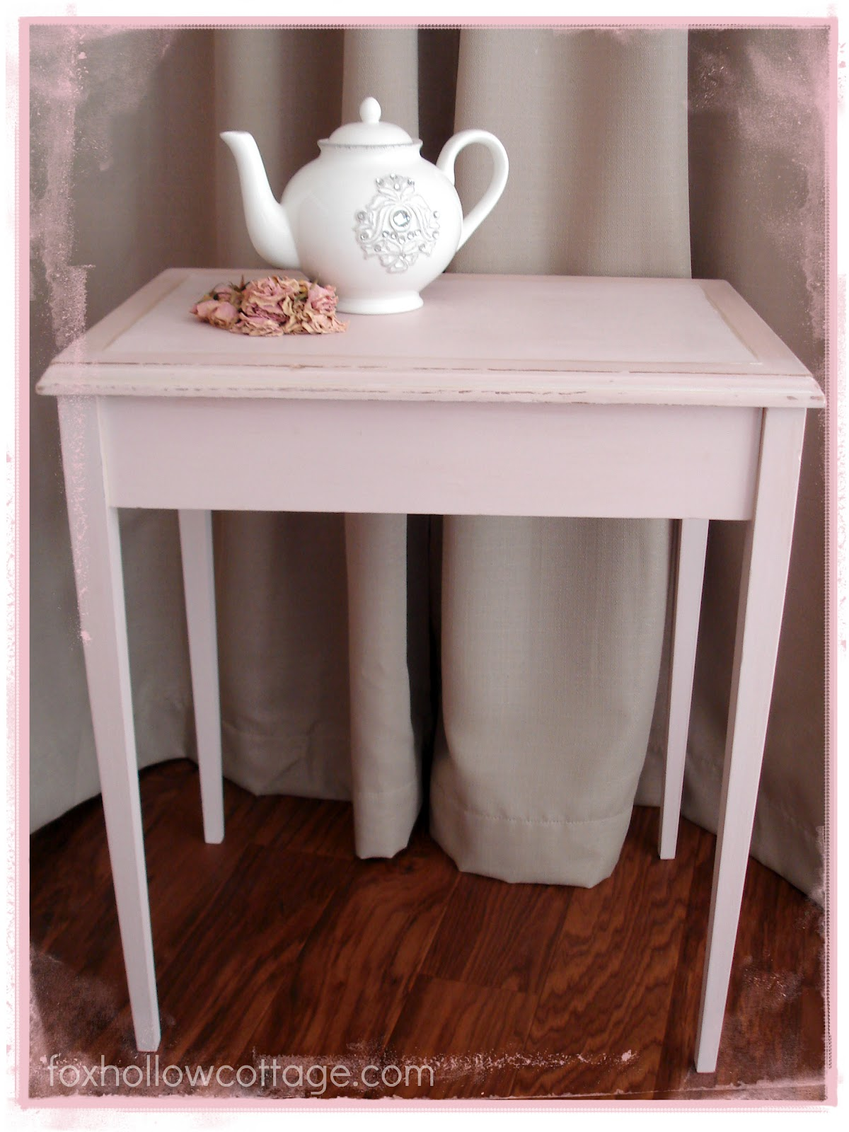 shabby vintage nesting table makeover with maison blanche fox hollow cottage. Black Bedroom Furniture Sets. Home Design Ideas
