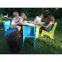 mobiliari de plàstic reciclat ideal per nens