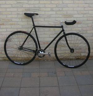 Desain Sepeda Fixie Hitam | Desain Modifikasi Sepeda