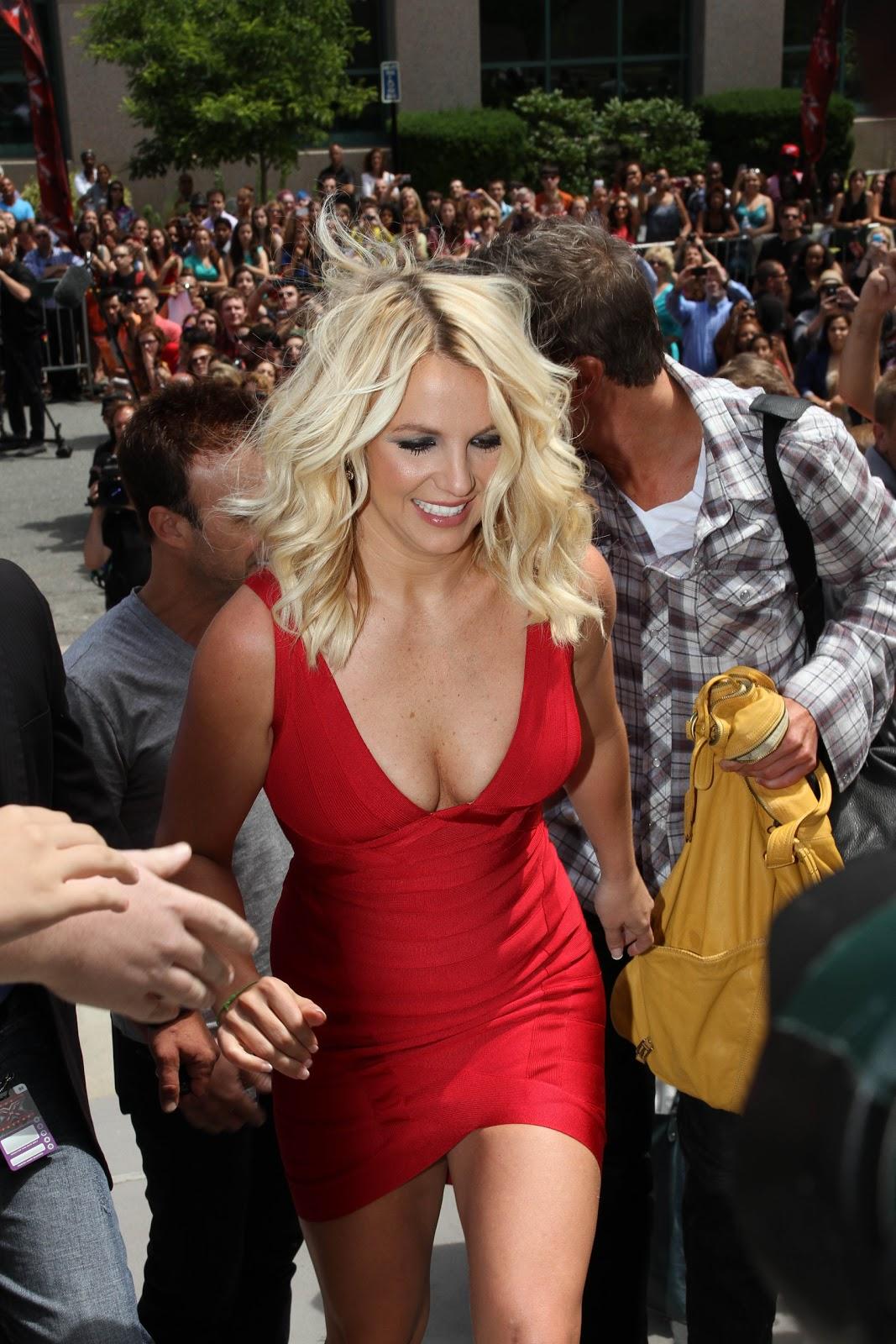 http://2.bp.blogspot.com/-ZkcqJor9Je8/T_WxjhsbyXI/AAAAAAAAE_Y/HIYV1jDe7JY/s1600/953218216_BritneySpears_2012X_Factor_9b_122_68lo.jpg