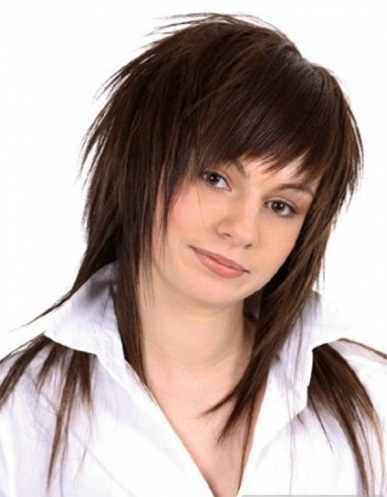 cute haircuts for medium hairs: choppy hairstyles are for