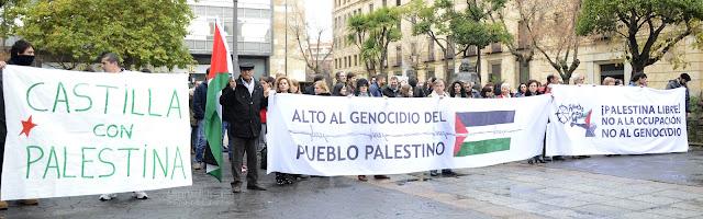 gente manifestándose por la libertad pueblo palestino