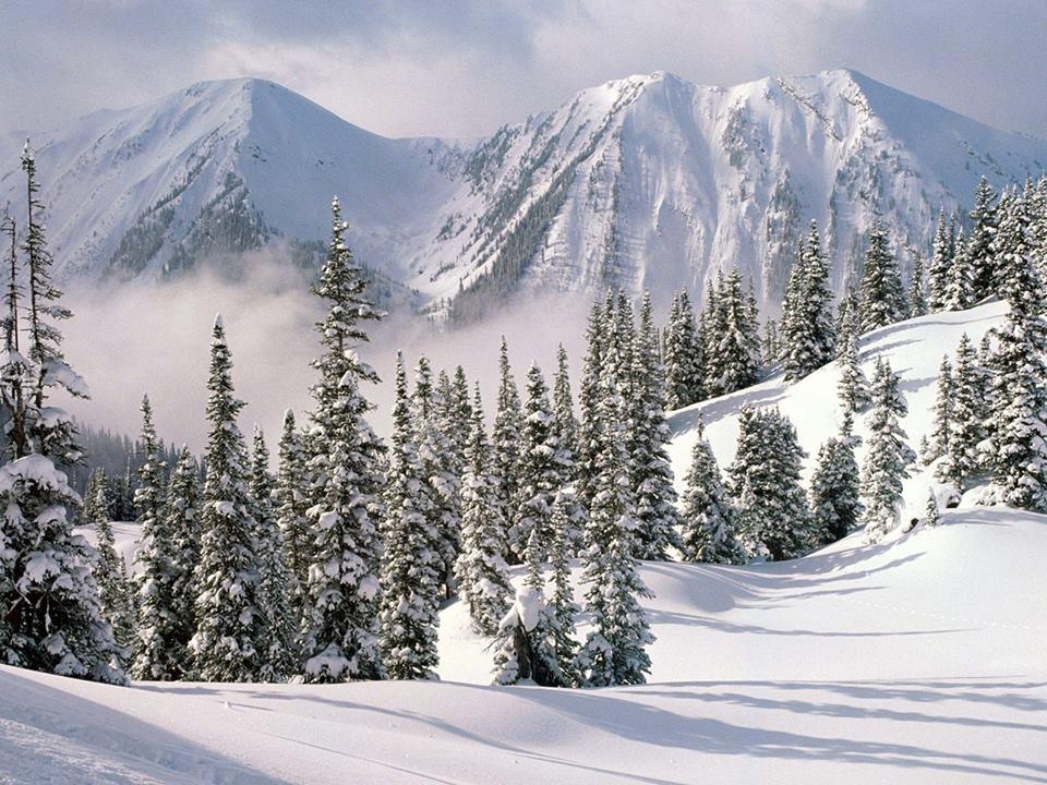 Χιονισμένο εορταστικό  τοπίο!!!