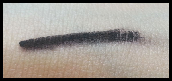 Nabla Cosmetics - Velvetline Bombay Black swatch