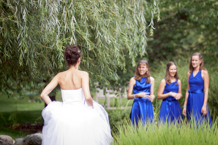 bride and bridesmaids, outdoor wedding photography, blue bridesmaids dresses