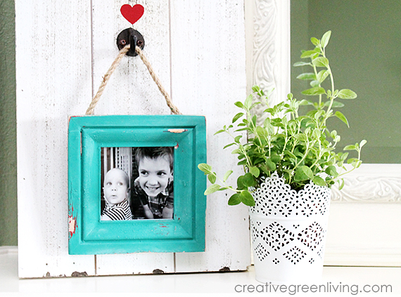 How to Make a Rustic Farmhouse Style Distressed Frame with a Faux ...