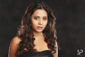 Suza Kumar glamorous Portfolio-thumbnail-16