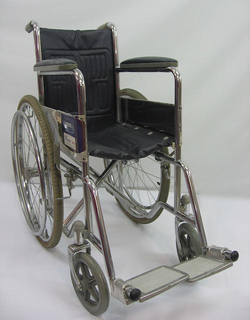 Kerusi roda orang tua 老年人轮椅 Senior wheelchair