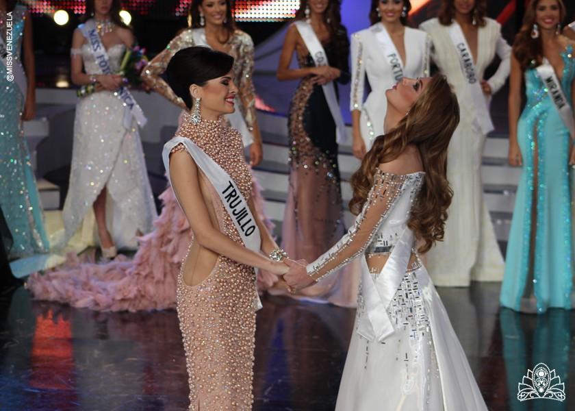 SASHES AND TIARAS..Miss Venezuela 2015 Finals: Evening