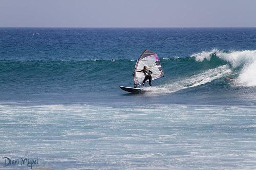 Nayra Alonso windsurf