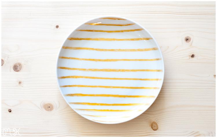 DIY: Platos de porcelana pintados a mano