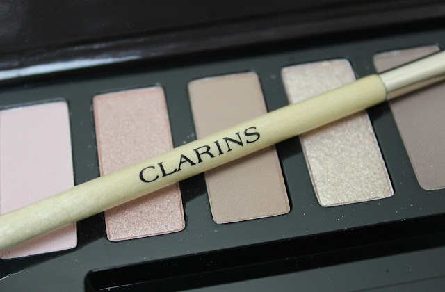 The multi-purpose Clarins dual-ended eyeshadow brush