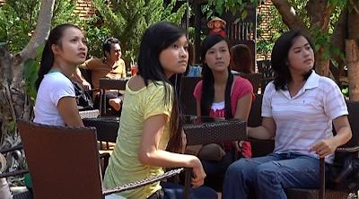 Phim Cà Phê Mắt Hí Việt Nam Online
