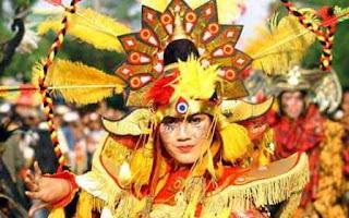 Mirip Foto Model Indonesia Vitalia Sesha
