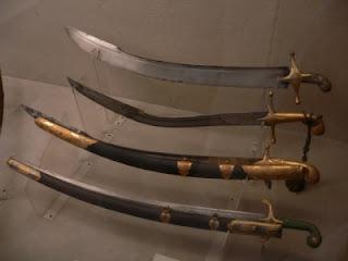 pedang tertajam di dunia - pedang damaskus