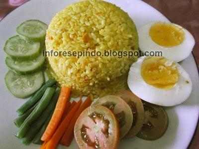 Cara Membuat Nasi Kuning Gurih Spesial