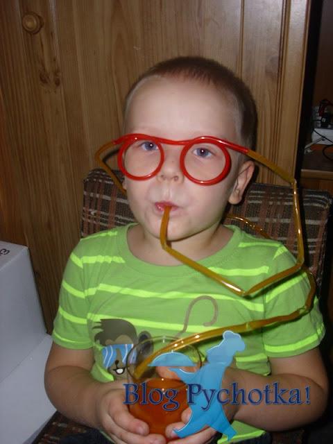Okulary słomki