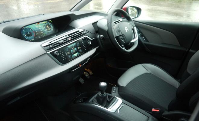 2014 Grand C4 Picasso front interior