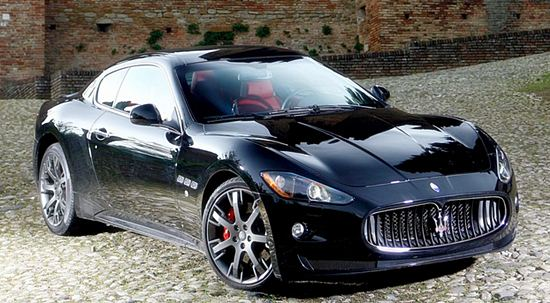 2016 maserati gransport price performance car drive and feature. Black Bedroom Furniture Sets. Home Design Ideas