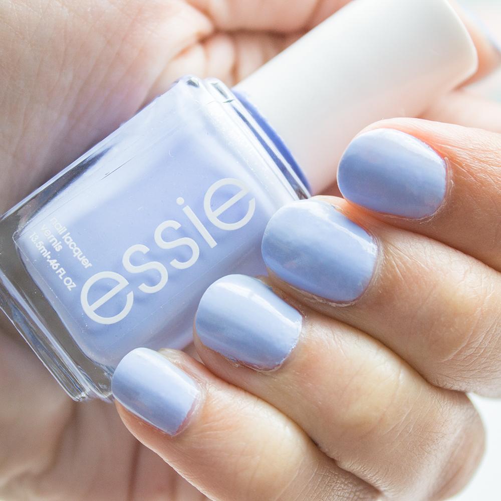 Little Blushing Birdie: Essie Gel Setter Review