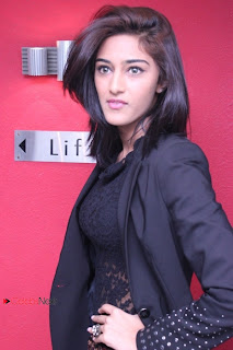 Erica Fernandes Stills in Skinny Jeans at Virattu Single Track Launch ~ Celebs Next