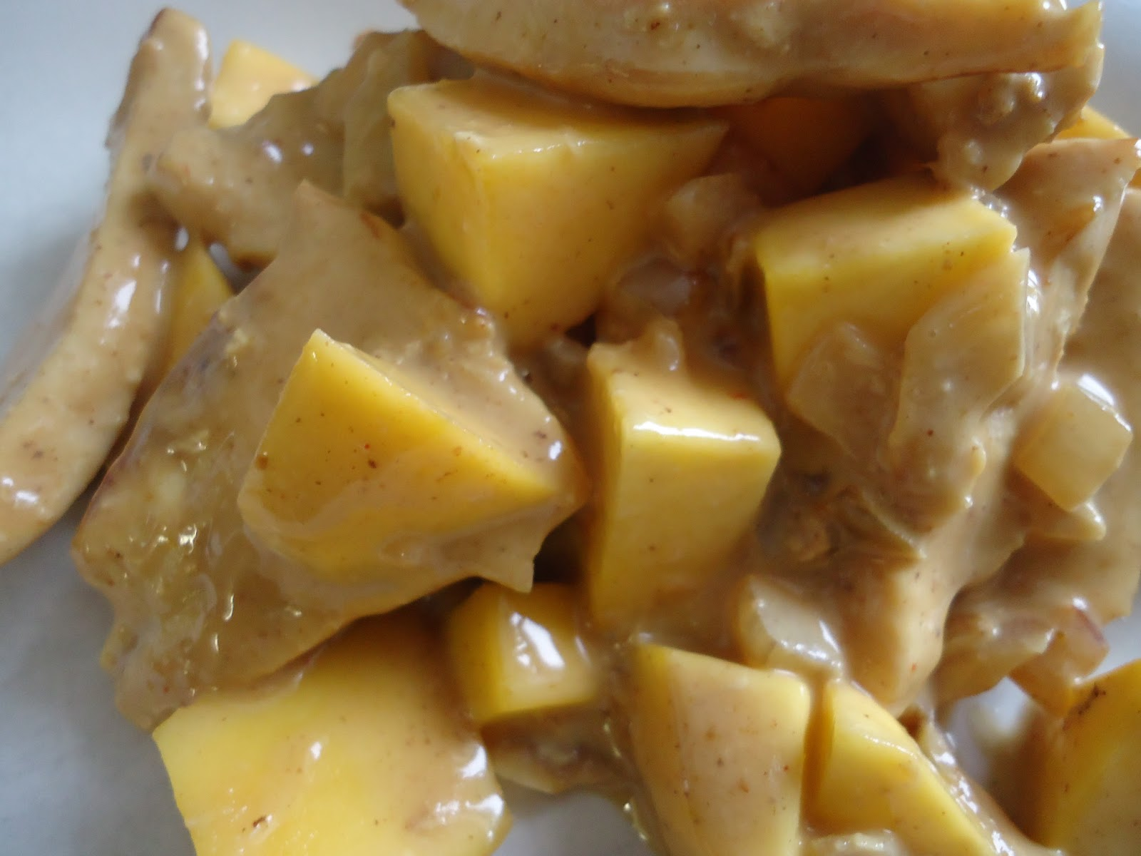 Cupjes en cakejes: Kipfilet met mango in een pittige saus