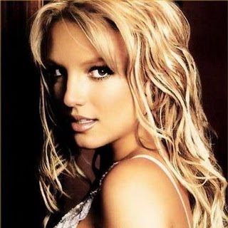 Britney Spears - Drop Dead Beautiful