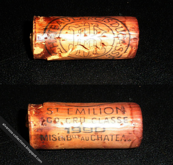 Destroyed wine cork: Chateau Larcis-Ducasse (Saint Emilion) 1990
