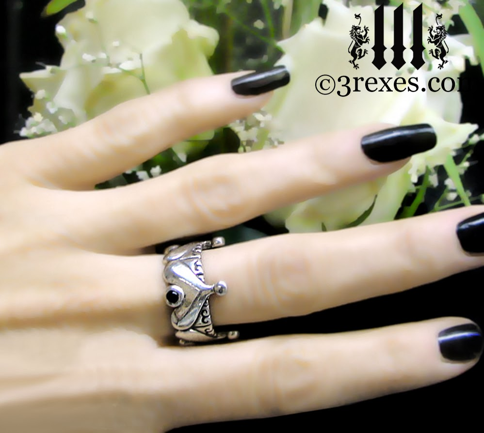 silver half crown gothic ring