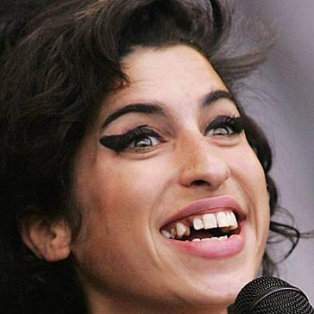 Amy Winehouse Shocking Shoot - Lots Pics  Amy Winehouse