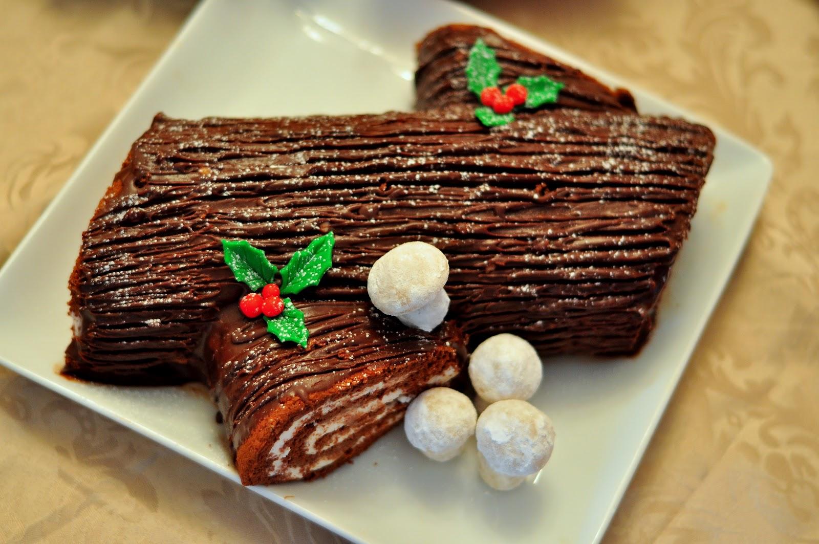 Tasty treats: Buche de Noel (Yule-log) recipe and a giveaway!!