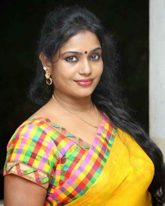 Jayavani Aunty New Hot Yellow Saree Stills, Jayavani Aunty Hot Saree ...