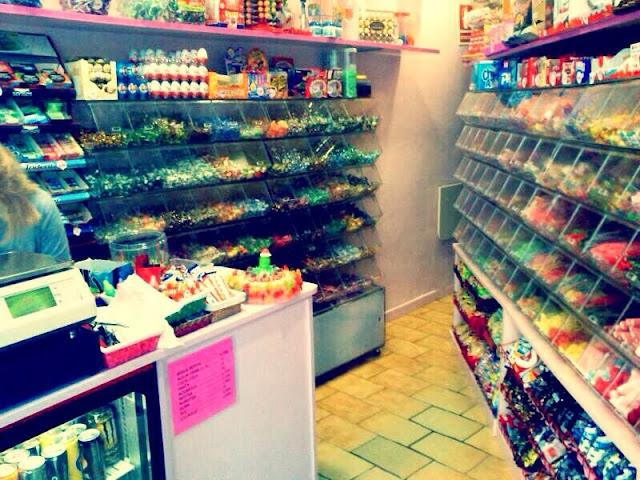 Interior botiga. Encants de Girona.