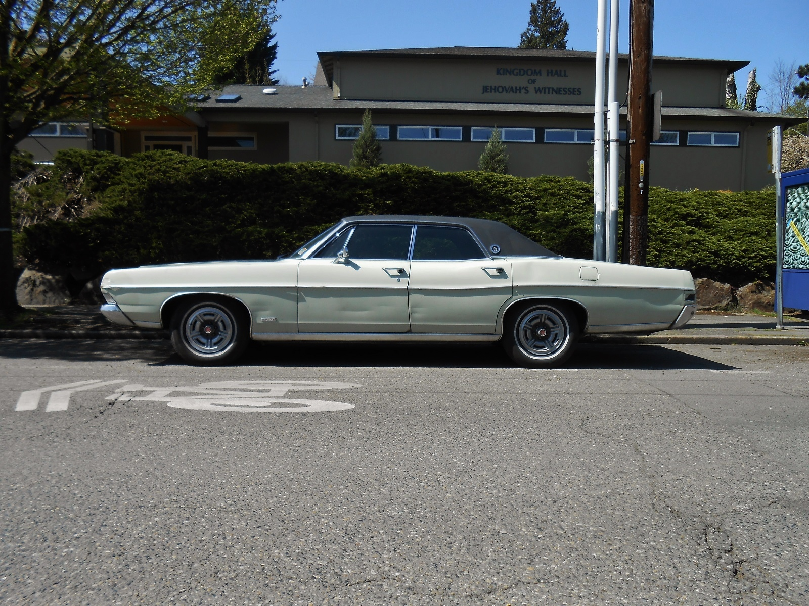 Seattle s parked cars 1968 ford ltd