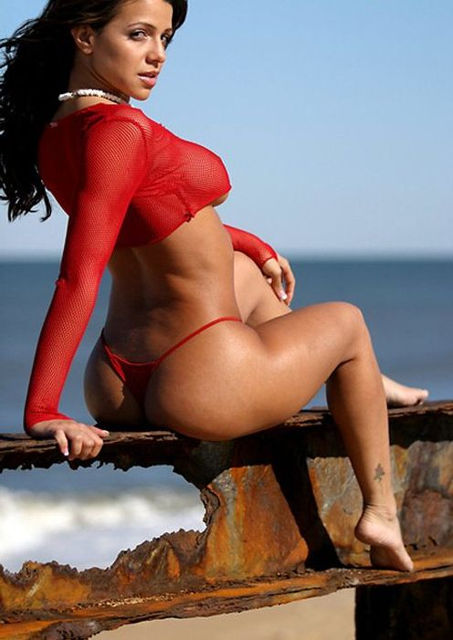 vida-guerra+hot+bums+in+bikini
