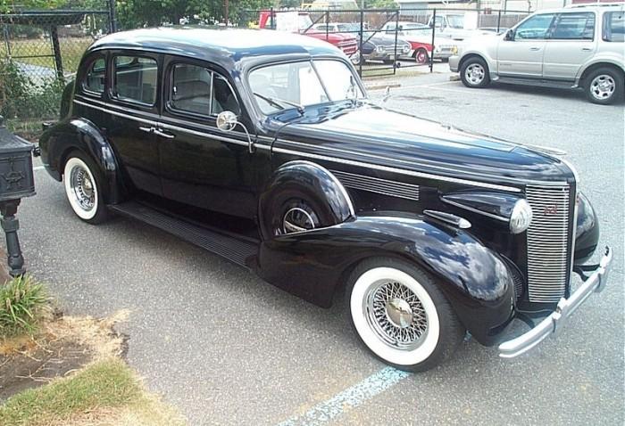 Motorheads performance classic car news stolen classic for 1937 buick 4 door sedan