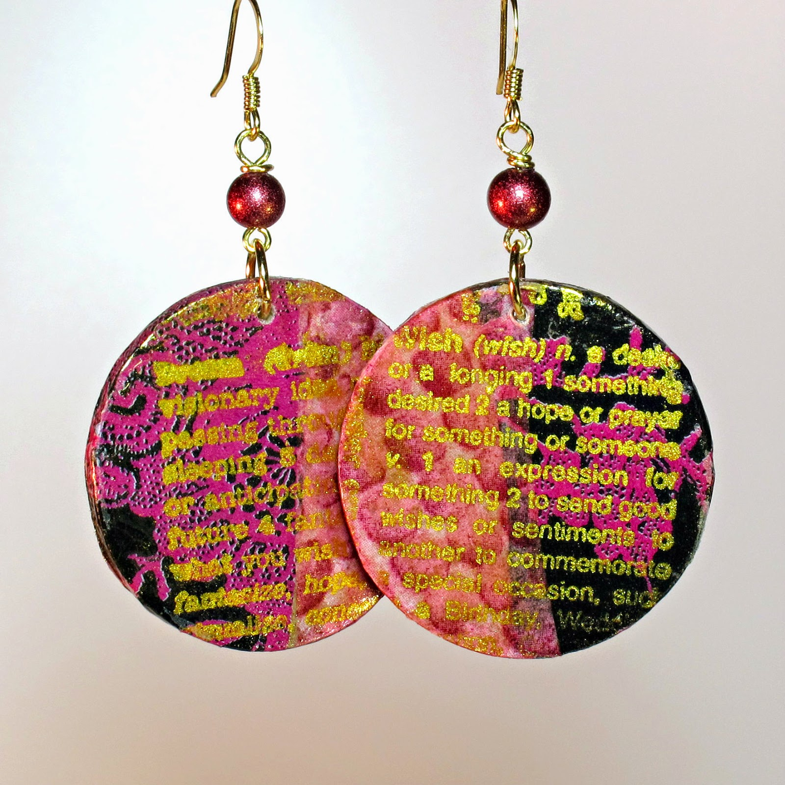 BluKatKraft: DIY Decoupage Gold Embossed Wood Disc Earrings