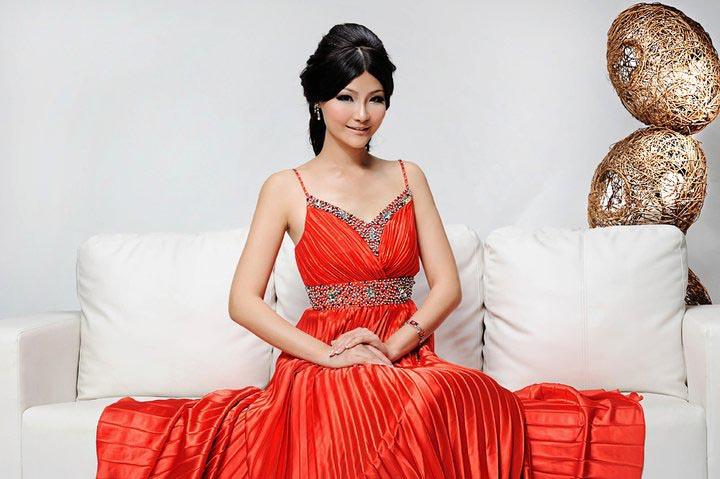 tze hui,miss earth malaysia 2011
