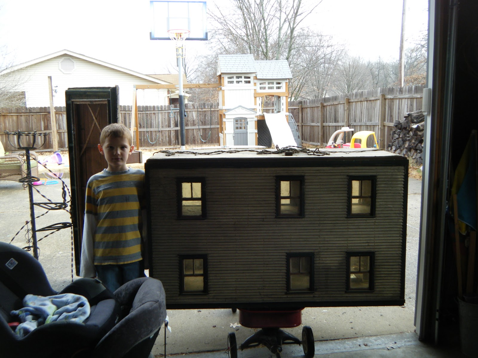 Makin 39 Projiks The Biggest Doll House Ever