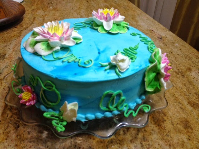 there is just something ethereal about water lilies they are graceful and delicate and sweet this design is also very versatile - Cake Decorating Videos