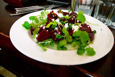 Beetroot, balsamic, goats cheese and watercress salad, Ultracomida