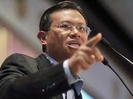 Menteri Komunikasi Tawar Eric DEBAT Bersama JAKIM Di RTM