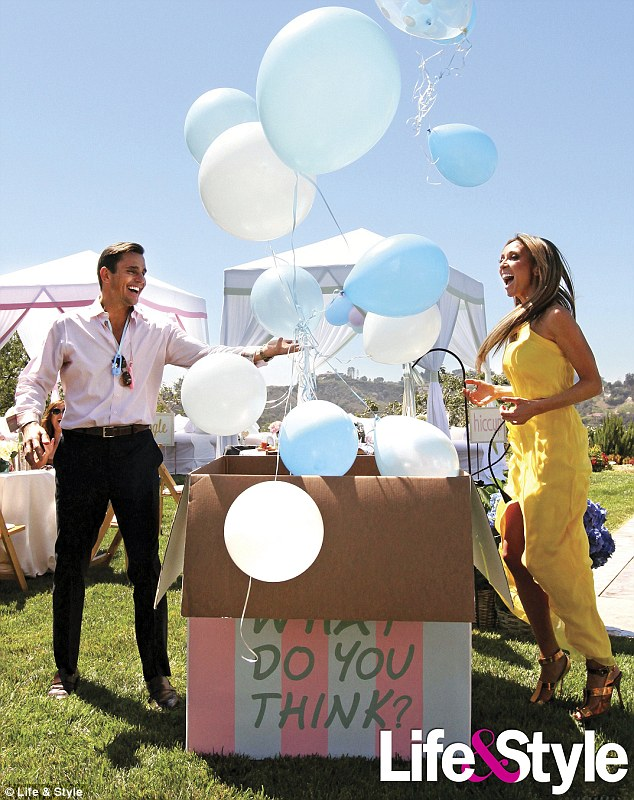 80 to 100 guest were invited to this gender reveal they had a big box