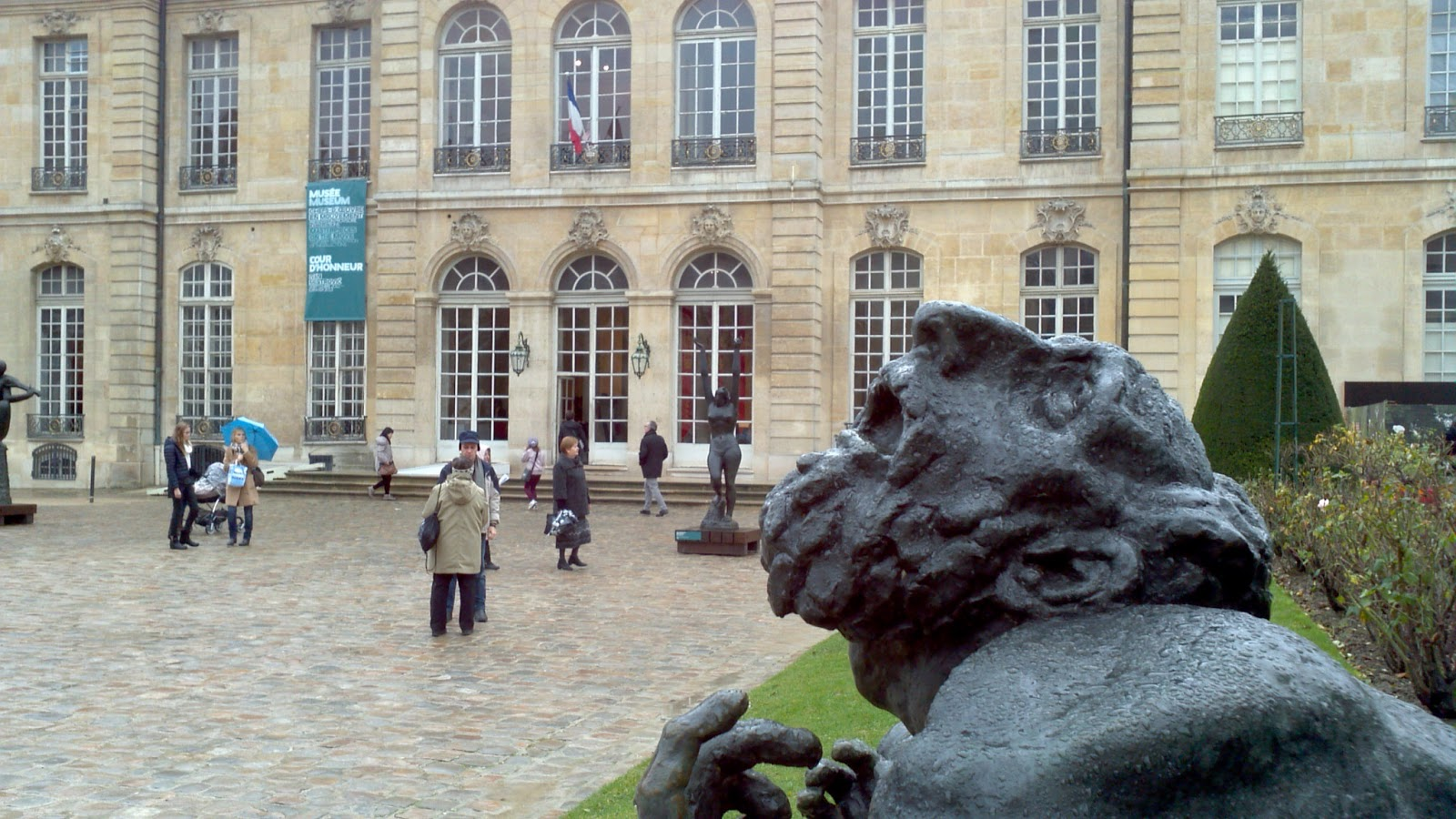 Public art and memory mestrovic and job in paris and syracuse for Muralisme mexicain