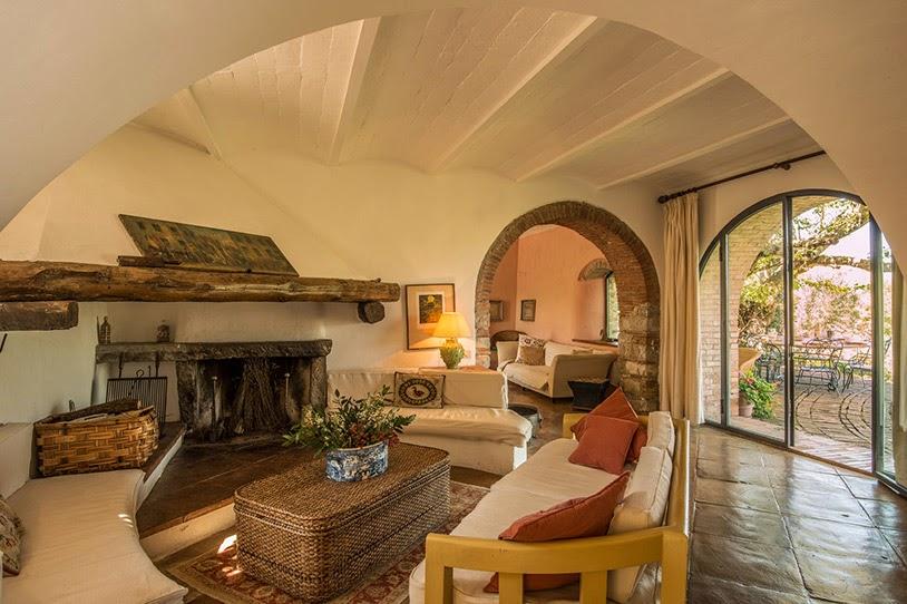 Estilo rustico casa rustica de piedra en chianti - Fotos de interiores de casas rusticas ...